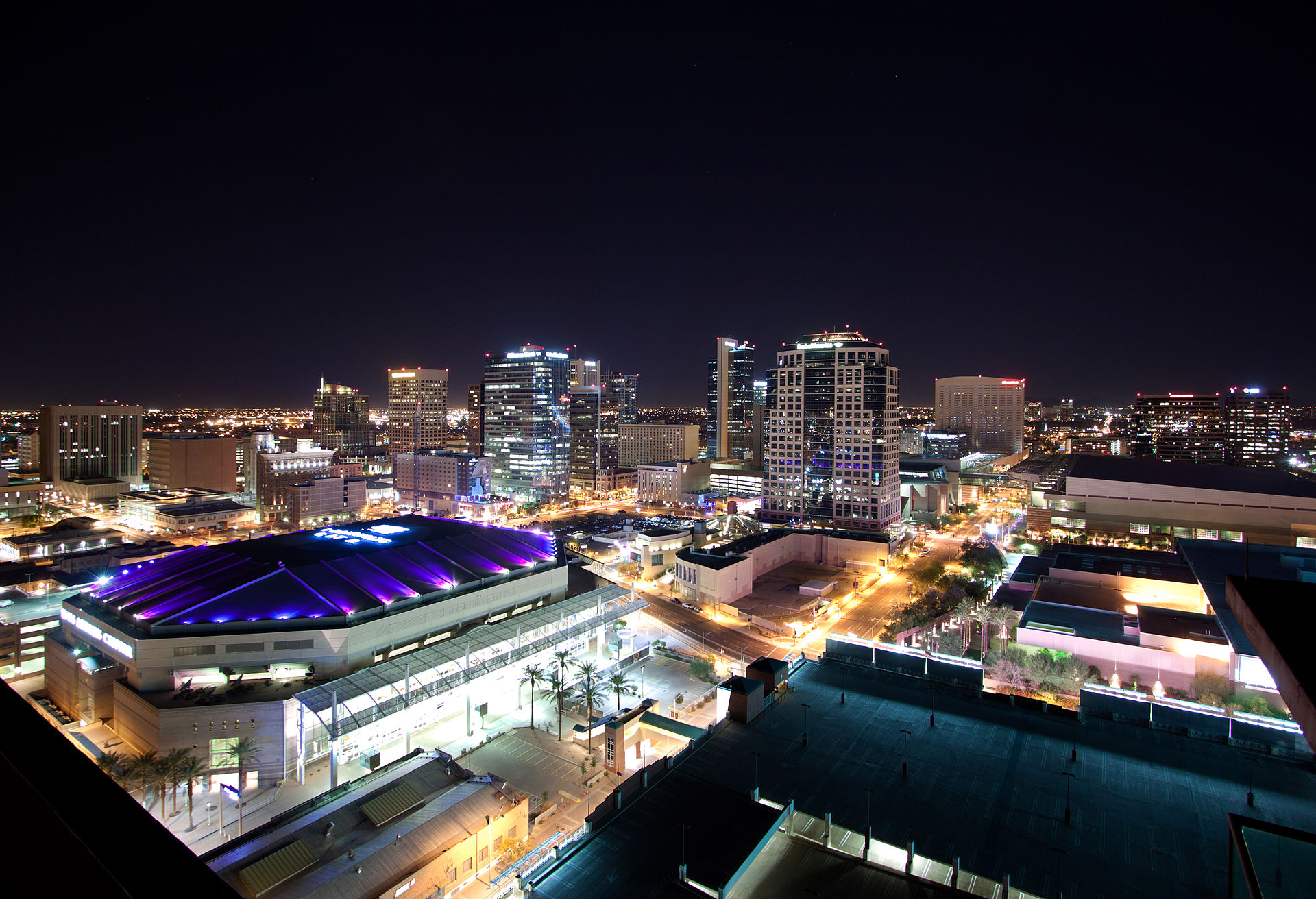 Downtown_Phoenix_Skyline_Lights