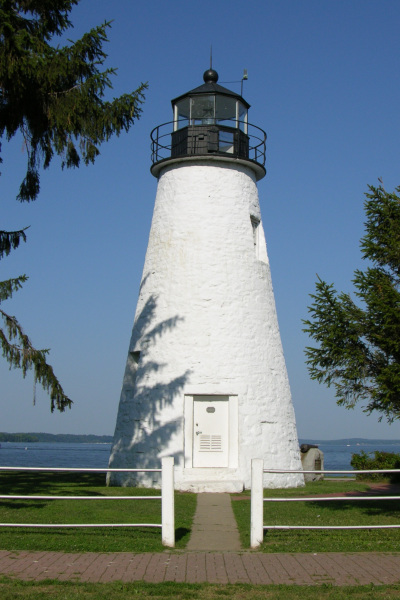 Havre_De_Grace_Maryland_Lighthouse_600