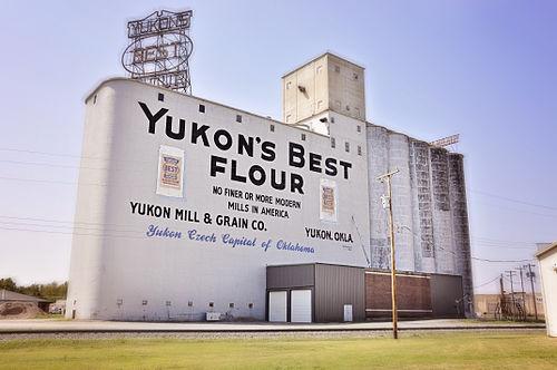 500px-Yukon's_Best_Flour_Mill,_Yukon,_OK