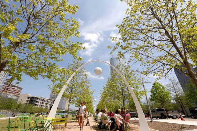 dallas-klydewarrenpark-tourtexas