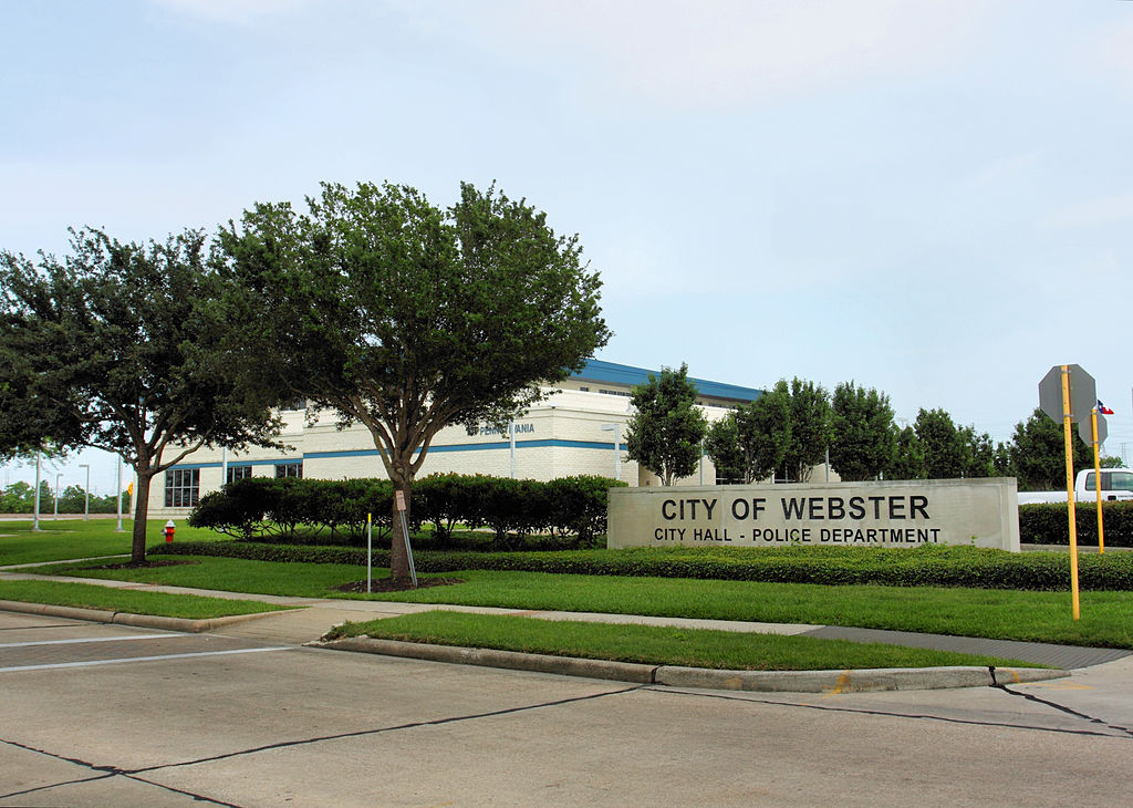1024px-webster_tx_city_hall