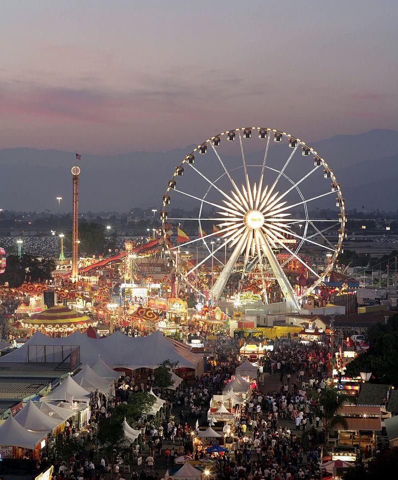 800px-L.A._County_Fair_at_Dusk
